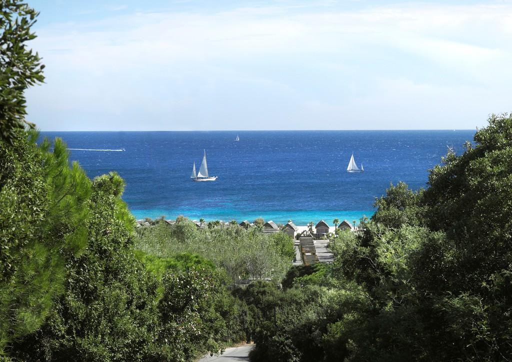 Strandhuisje Cote d'Azur uitzicht
